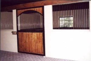 stall_barn_door_steel_and_wood_1
