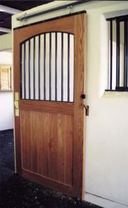stall_barn_door_steel_and_wood_2