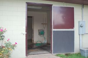 stall_barn_door_dutch_steel_hinged_4