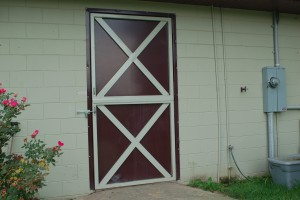 stall_barn_door_dutch_steel_hinged_2