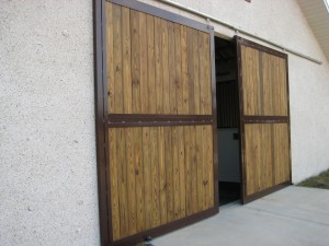 stall_barn_door_end_wall_wood_sliding_8