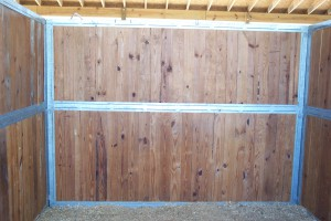 stall_barn_front_fabricated_wood_F