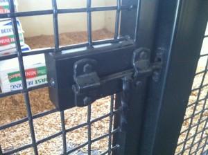 stall_barn_hardware_door_latch_1