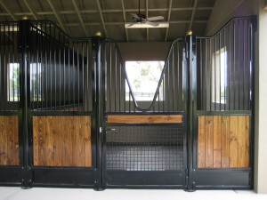stall_barn_front_fabricated_wood_C
