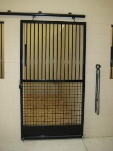 stall_barn_door_steel_hinged_2