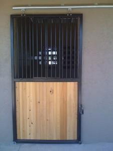 stall_barn_door_steel_sliding_bar_round_8
