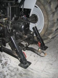 custom_metal_tractor_implement_1