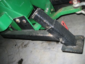 custom_metal_tractor_implement_2