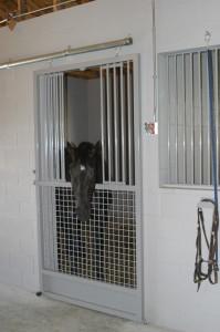 stall_barn_door_galvanized_sliding_2