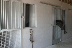 stall_barn_door_galvanized_sliding_1