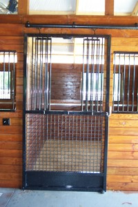 stall_barn_door_steel_sliding_bar_round_4
