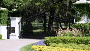 custom_fabricated_metal_swing_farm_steel_entrance_estate_farm_ranch_driveway_gate_2