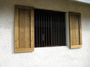 custom_made_fabricated_metal_home_house_ranch_estate_farm_barn_stall_stable_window_grill_bars_33
